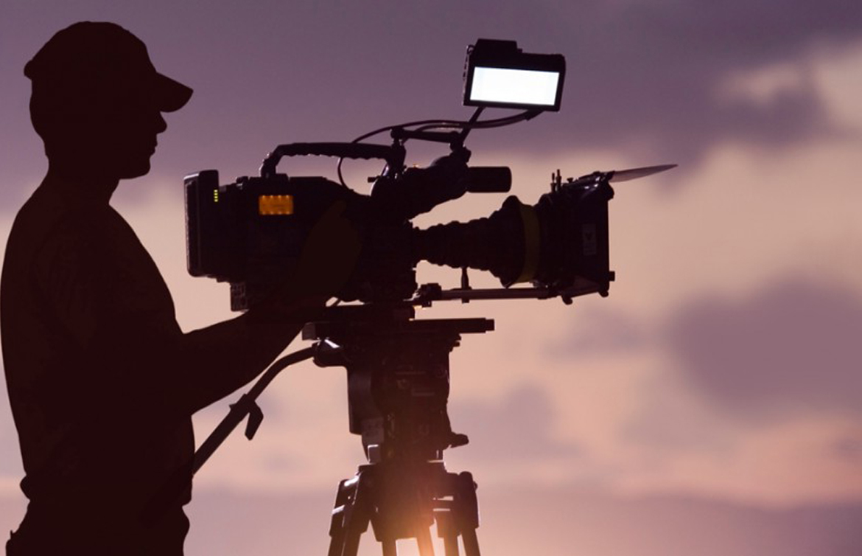 تصویربرداری حرفه ای در شیراز- شرکت فیلم سازی زوم شیراز برادران شریفی