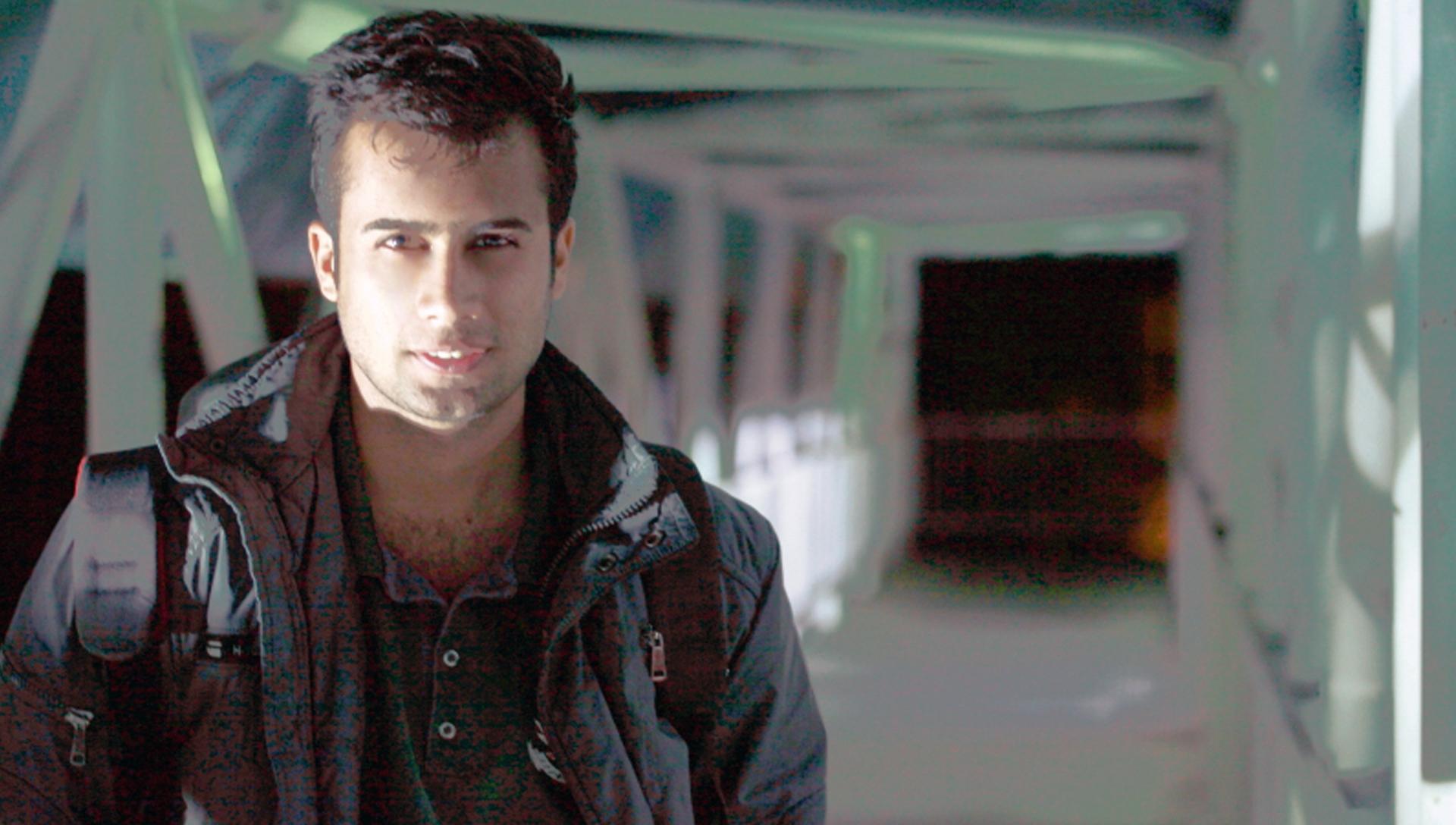 هادی هنرپیشه - شرکت فیلم سازی زوم شیراز برادران شریفی