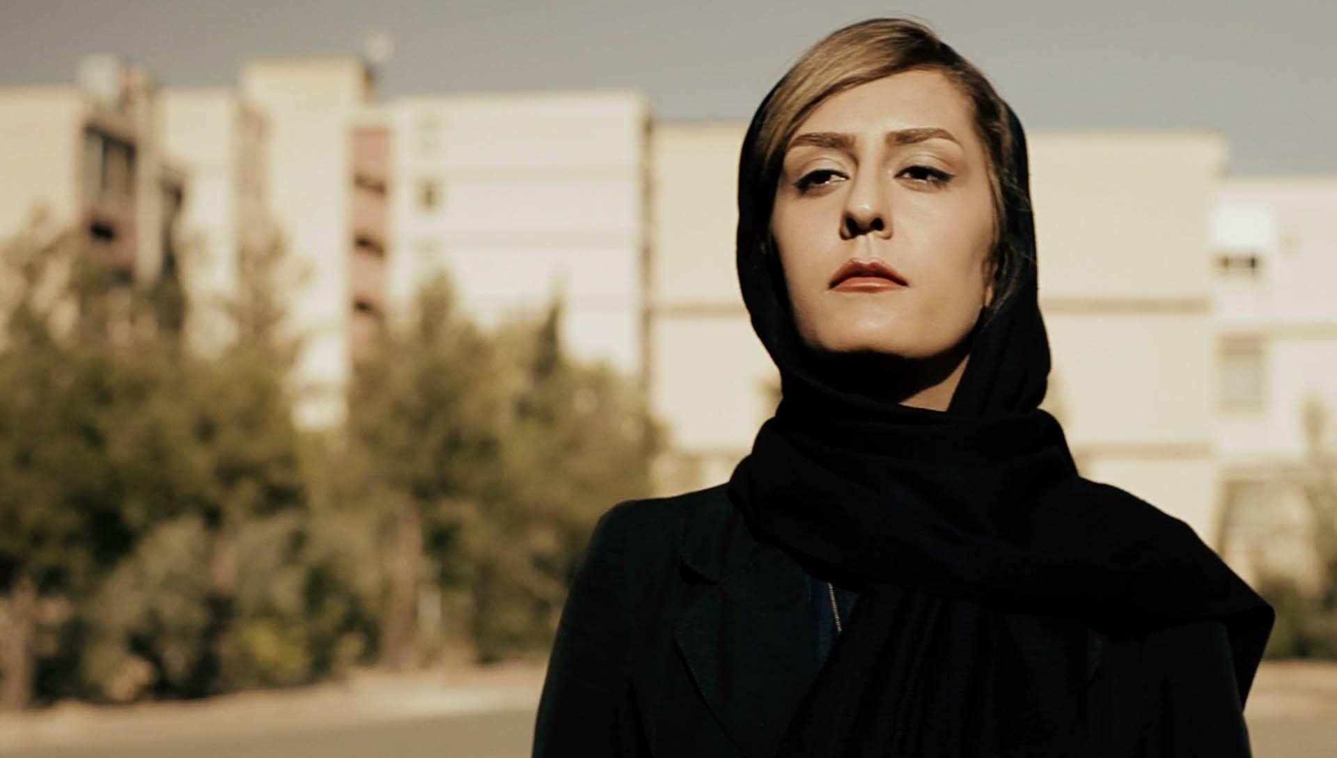 آ...در سرزمین بایر عکس 10- شرکت فیلم سازی زوم شیراز برادران شریفی