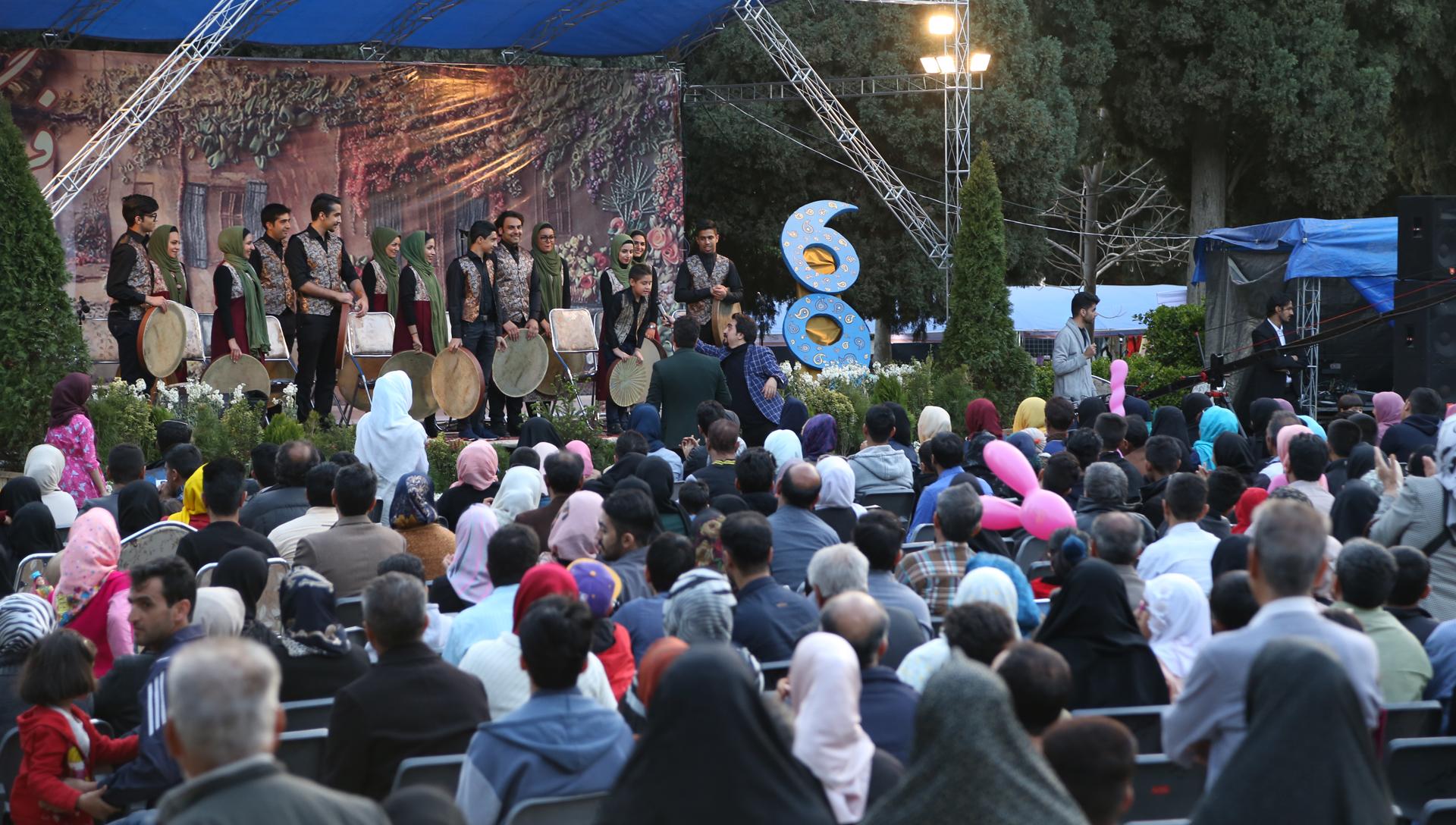 شرکت فیلمسازی زوم شیراز همایش و سمینار 02